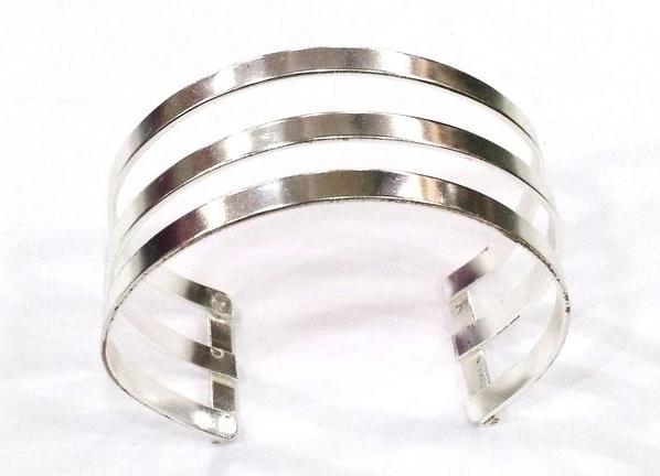 sILVER Bracelts
